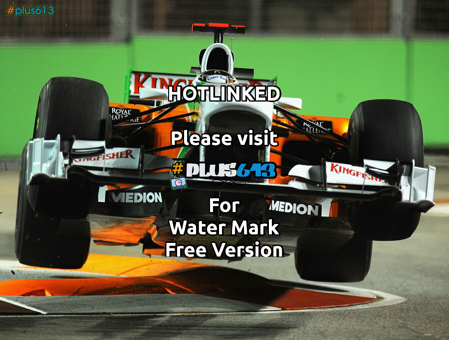 Force India F1 car takes off, Singapore Grand Prix, Spetember 24, 2010