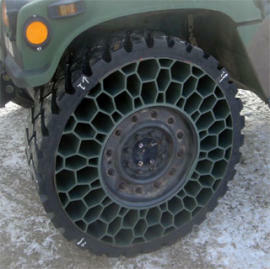 Humvee Military Honeycomb Tire is Bulletproof
