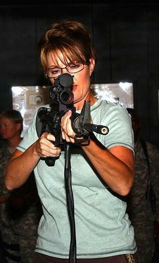 Sarah Palin with an M4.